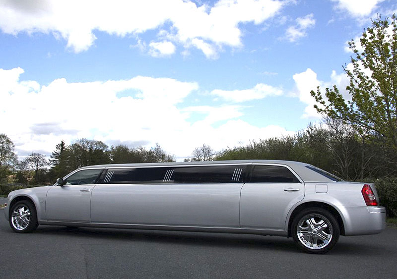 Wedding limousine in Ayrshire and Glasgow